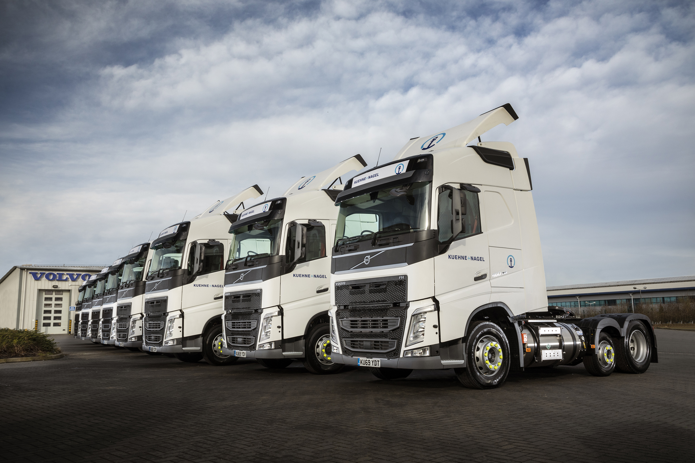 Kuehne + Nagel uses new Volvo gas tractors on Whitbread ...